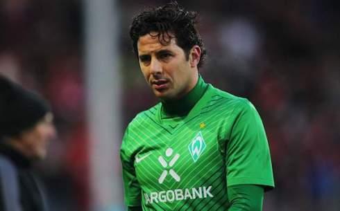 Pizarro tai ngo cung Bayern Munich