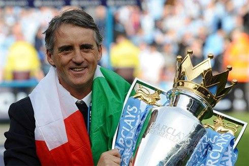 "Chua ""am cho"" o Inter Milan, Mancini da mo ve… Arsenal hinh anh"