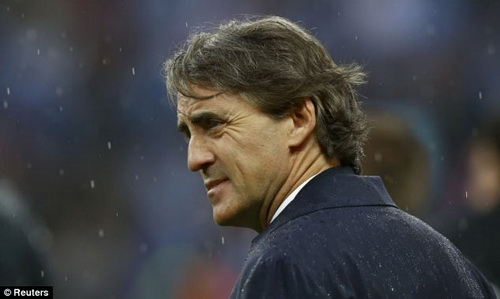"PSG ""tram"" Blanc dua Mancini vao tam ngam"