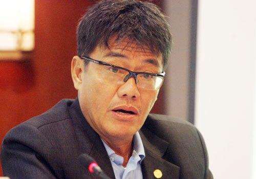 Ong Duong Vu Lam cho rang quy trinh dinh chi cong tac cua VFF khong dung