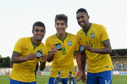 Lucas Silva là khách quen của các đội trẻ Brazil