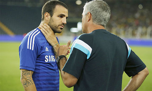 Fabregas có thể sẽ khiến Mourinho phá lệ, trao băng đội trưởng trong tương lai gần, dù chưa có nhiều thâm niên gắn bó với Chelsea.