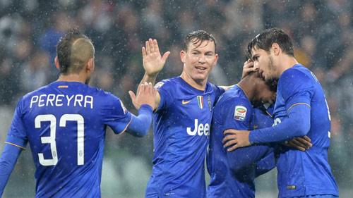 Juventus co chien thang hoanh trang o vong 11 Serie A