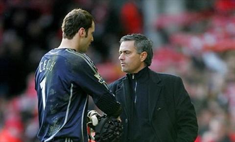 Chelsea ban Cech Ben tinh ben ly ben nao nang hon hinh anh 2