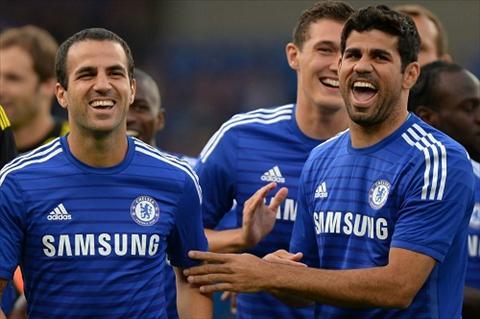 HLV Mourinho len tieng bao ve Diego Costa va Fabregas