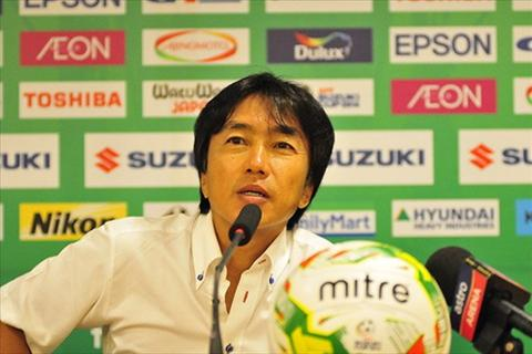 HLV Miura DT Viet Nam dang le phai thang Lao 6-0 hinh anh