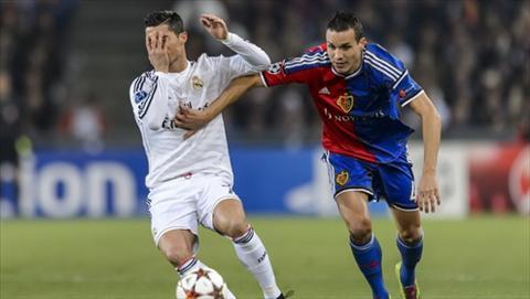 Basel 0-1 Real Madrid Ronaldo ghi ban trong ngay thang nhat hinh anh