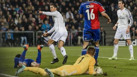 Basel 0-1 Real Madrid: Ronaldo ghi ban trong ngay thang nhat