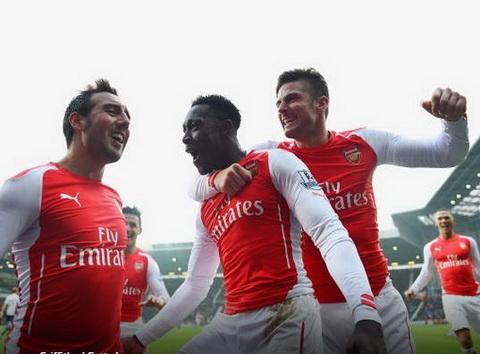 Du am Arsenal thang West Brom Su ket hop Welbeck - Giroud hinh anh