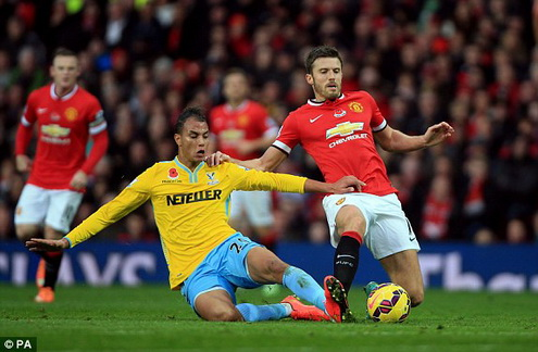 carrick manchester united crystal palace