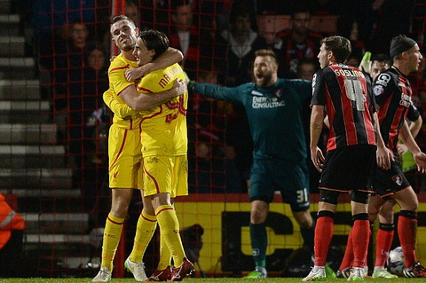 Bournemouth 1-3 Liverpool: Sao tre Sterling keo The Kop vao ban ket cup Lien doan Anh
