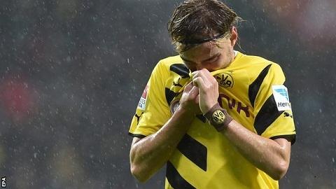 Dortmund lai thua: Con khung hoang van chua cham dut