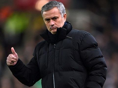 HLV Mourinho cua Chelsea hinh anh