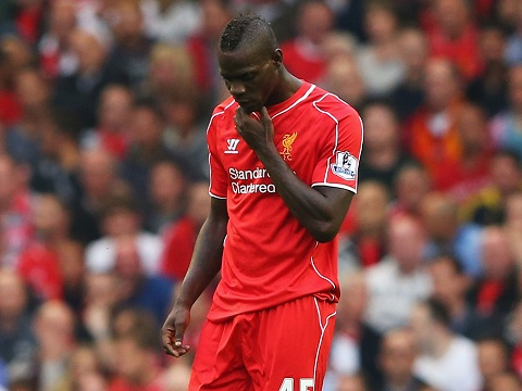 Balotelli gay that vong tai Liverpool hinh anh