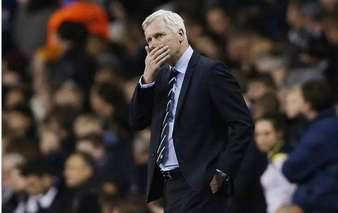 HLV Alan Pardew cua Newcastle dan dat Crystal Palace hinh anh