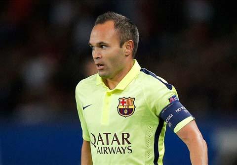 Tai xuat sau chan thuong, Iniesta lap sieu pham cho Barca hinh anh