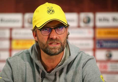 Jurgen Klopp dang dau dau ve Borussia Dortmund hien gio