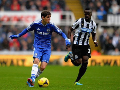Newcastle vs Chelsea 19h45 612 Cam bay o St James Park hinh anh
