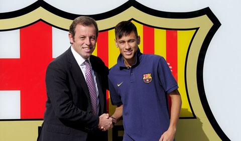 Sau vu Neymar, cuu chu tich Rosell tiep tuc bi phat hien mot vu moi