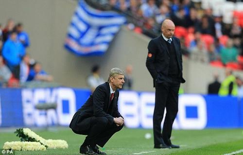 Arsene Wenger vẫn được giới lãnh đạo ở sân Emirates đặt trọn niềm tin dù liên tục gặp thất bại