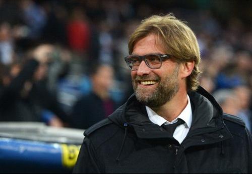 HLV Jurgen Klopp chi biet cuoi tru sau tran thua Real Madrid