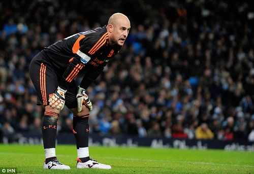 Pepe Reina roi Bayern Munich cap ben Napoli o he 2015 hinh anh