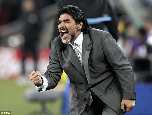 Maradona: Juventus vo dich Serie A mot cach may man