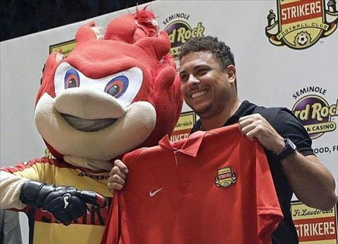CHINH THUC Nguoi ngoai hanh tinh Ronaldo tai xuat san co hinh anh