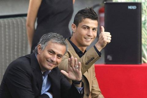 Ronaldo va Mourinho xuat sac nhat lich su bong da Bo Dao Nha hinh anh