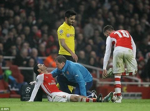 Arteta chan thuong nang van duoc Arsenal gia han hop dong hinh anh