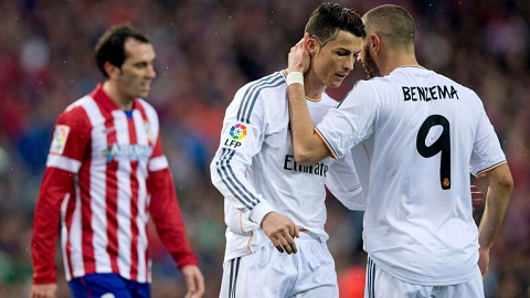 Hau Real Madrid vs Atletico Madrid Trong cai rui co cai may hinh anh