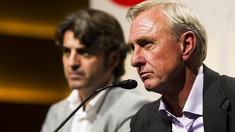 Thanh Johan Cruyff QBV FIFA 2014 cho Ronaldo la vo ly hinh anh