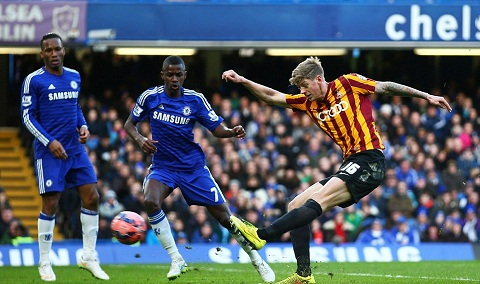 Vong 4 FA Cup Chelsea 2-4 Bradford hinh anh