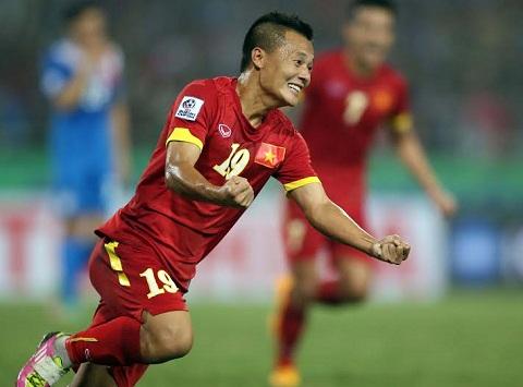 Thanh Luong sang Han Quoc da bong hinh anh