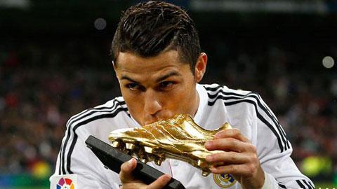 An dinh ngay Ronaldo nhan chiec giay vang chau Au hinh anh