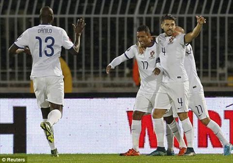 Video clip ban thang Serbia 1-2 Bo Dao Nha (Vong loai Euro 2016) hinh anh