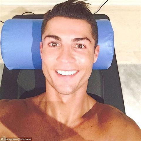 101 sac thai tu suong cua sieu sao Ronaldo tren Instagram hinh anh 2