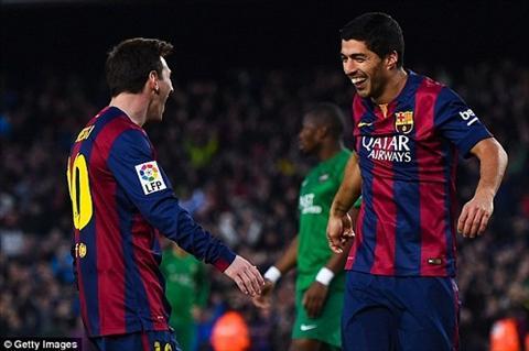 Lionel Messi nguong ngung dien do ngu sieu ba dao cua Luis Suares hinh anh 2