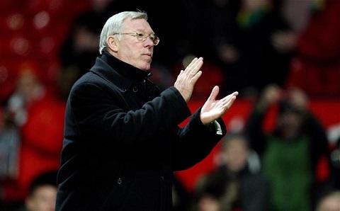 Sir Alex chia se ve cam giac bi Man City cuop mat chuc vo dich mua 201112 hinh anh