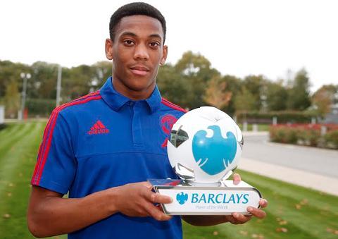 Tien dao Martial duoc Premier League vinh danh, lap ky luc thoi hau Sir Alex hinh anh