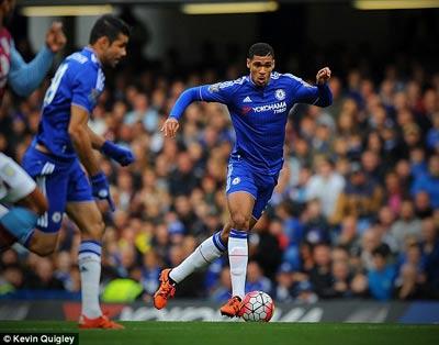 Chelsea ha Aston Villa Mourinho la ngoi sao sang nhat! hinh anh