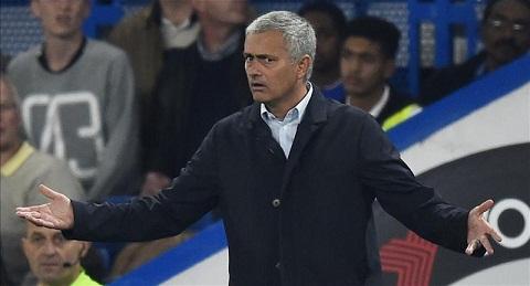 Khong co chuyen Mourinho tiep tuc dan dat Chelsea o mua giai 201617 hinh anh
