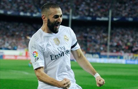 Real Madrid vs Barca Benzema se giup Barca gianh loi the hinh anh