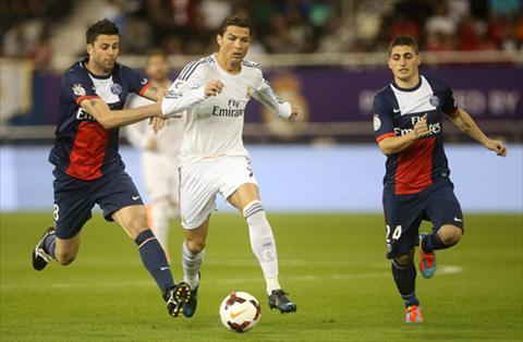 Ngoi sao Cristiano Ronaldo tung lam kho hang thu PSG ra sao hinh anh