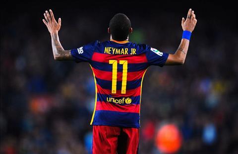 Neymar bat dau