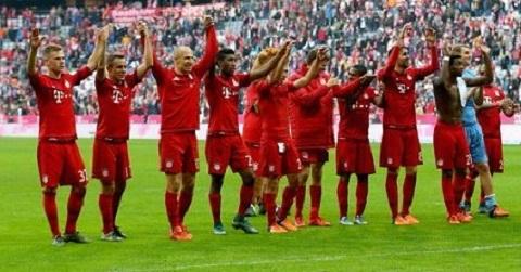 Thang tran 1000, Bayern thiet dai fan uong bia tet ga hinh anh