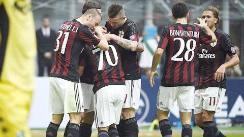 AC Milan 2-1 Sassuolo Mihajlovic tam thoat hiem hinh anh
