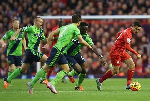 Jurgen Klopp chua the cuu vua hoa Liverpool Trach nhiem thuoc ve Coutinho hinh anh 2