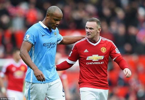 Tran derby Manchester te nhat duoc… khen hay nhat mua giai hinh anh