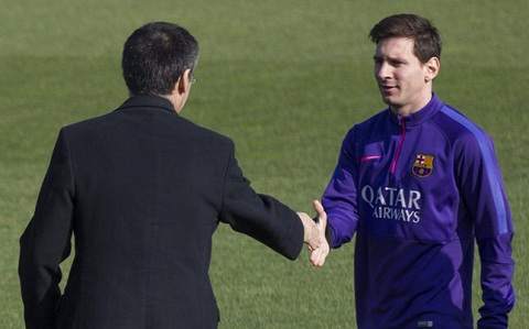 Barca troi chan Messi bang hop dong sieu khung hinh anh